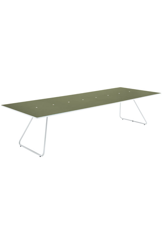 i+ 006 MEETING TABLE W3200