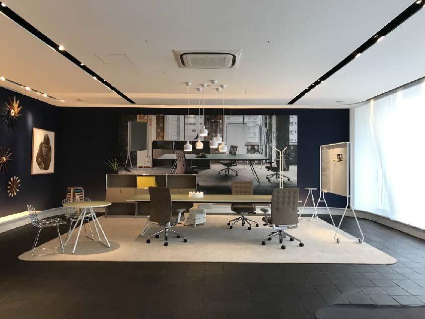 新作発表会のオープニング・レセプションをインターオフィス大阪SRで開催いたします。