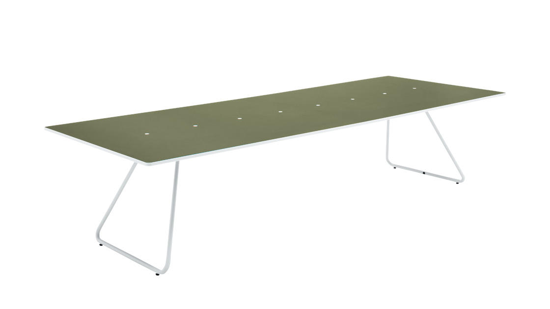 006 MEETING TABLE W3200